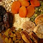 Produção de frutas secas com energia solar evita perdas